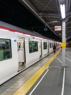 豊橋駅 - 名鉄始発